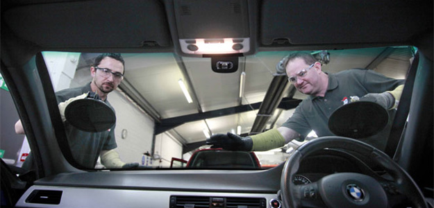 Safe Windscreen Replacement – in all weathers